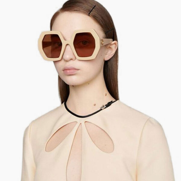 Gucci-Octagonal-Sunglasses-Lifestyle